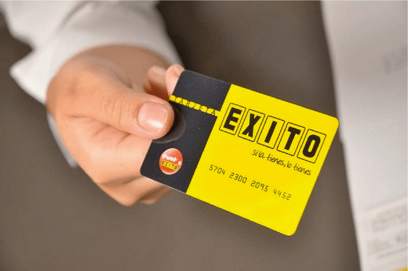 Estate Business and Éxito Card